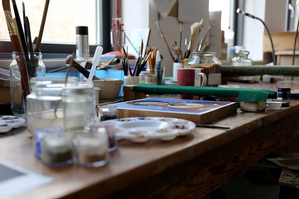Icon painting desk