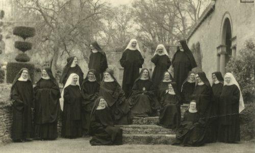 Nuns at Burford