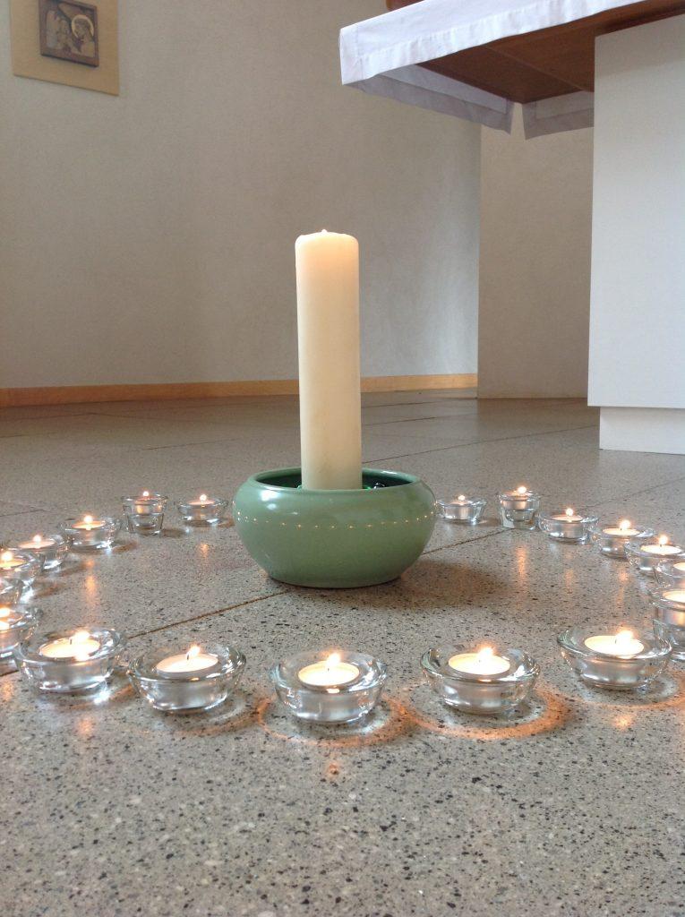 Requiem candles